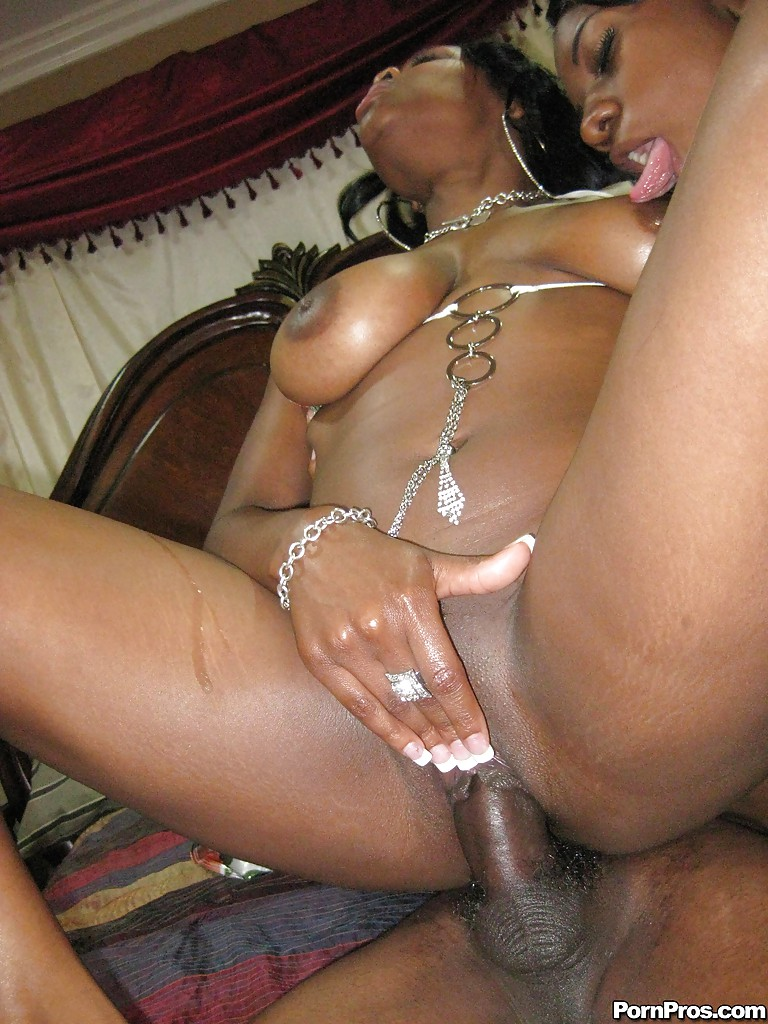Ebony cocksucker Brown Suga gives a blowjob and fucks in a gangbang