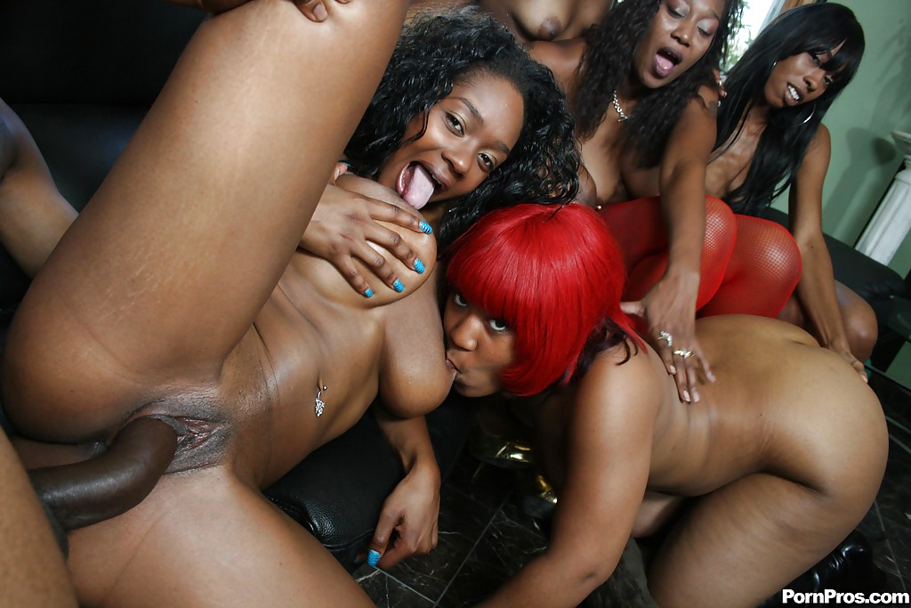 Ebony Amateur Group Sex