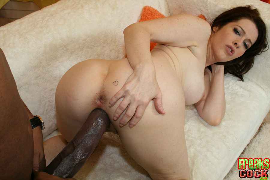 Mature doing monster cocks