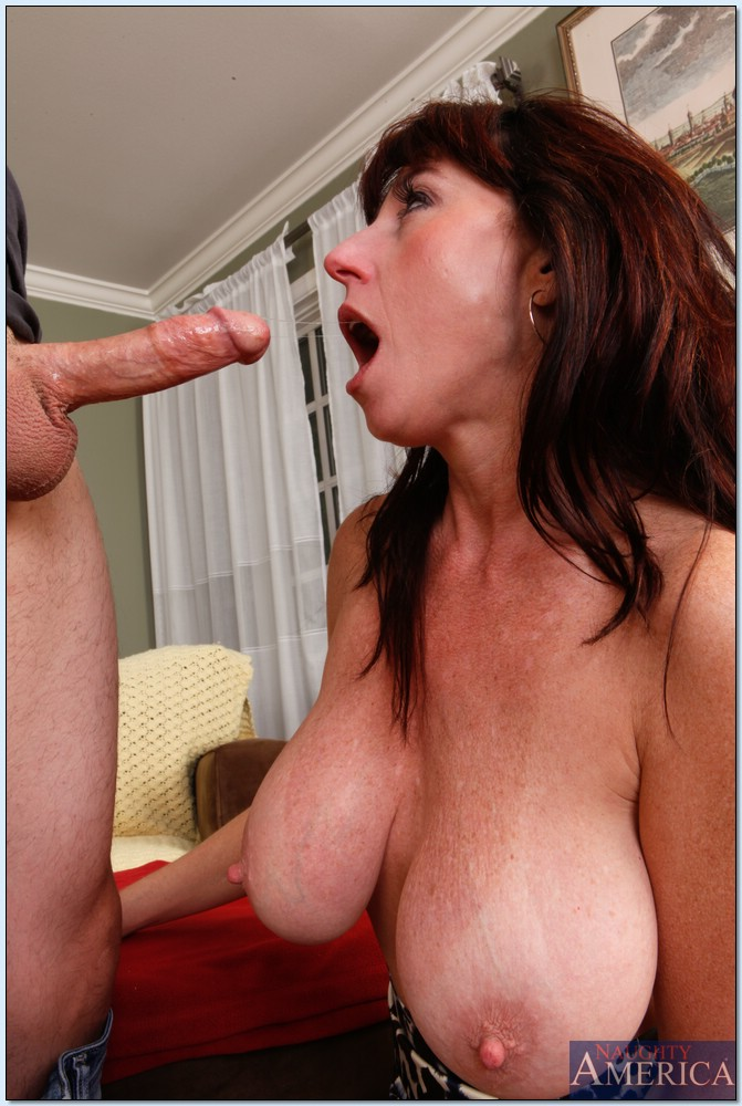 Babe huge juggs mature milf cum got
