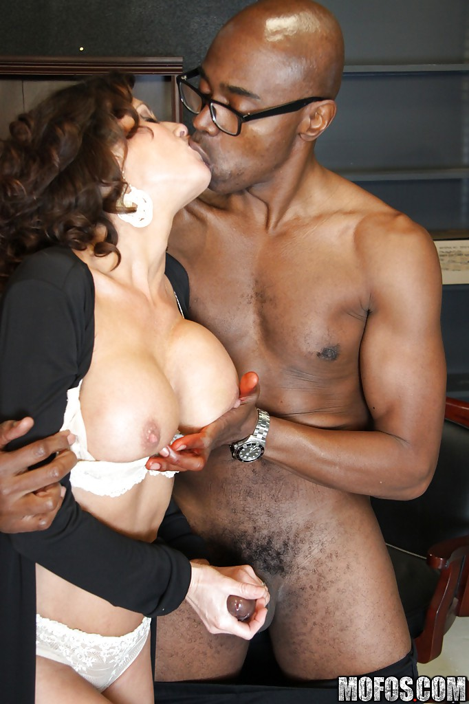 White guys and black girl kissing porn