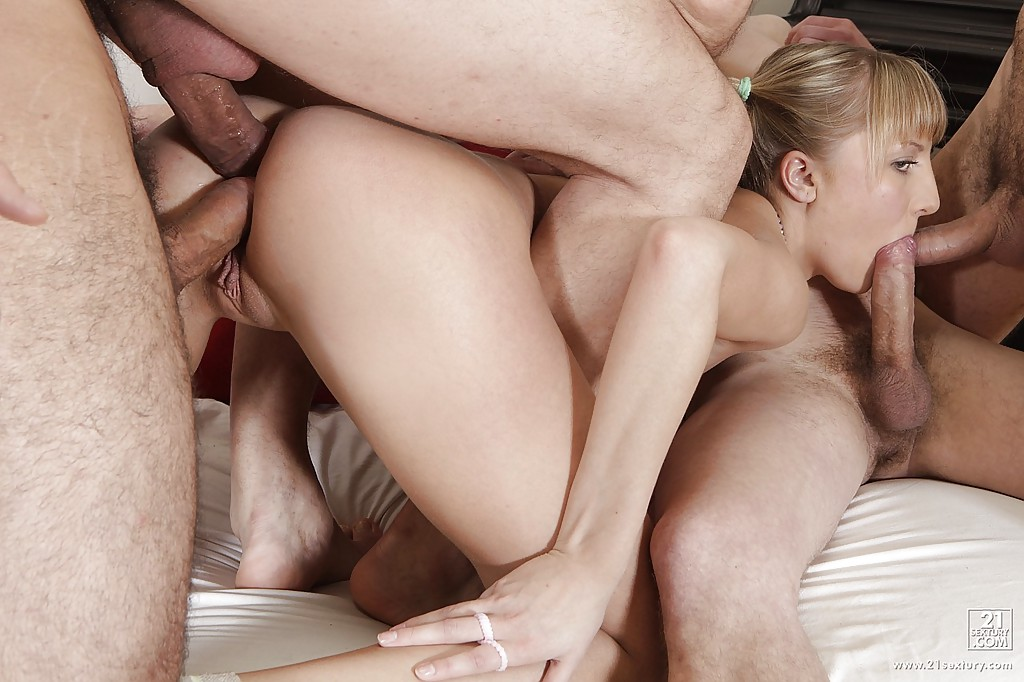 Douple penetration creampie