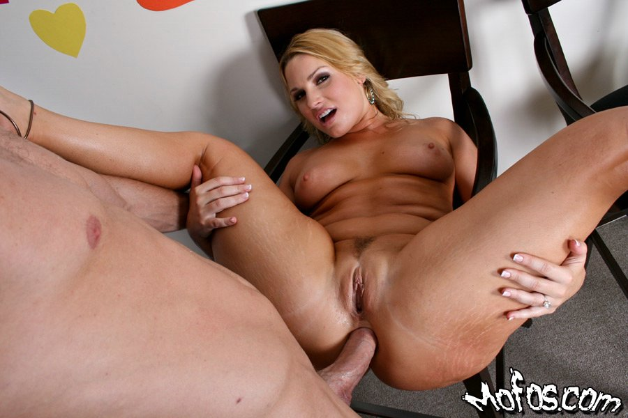 Black mature moms get it on