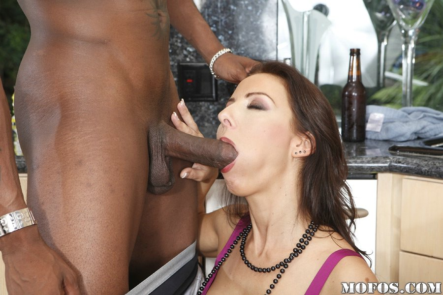 Bellucci interracial maria