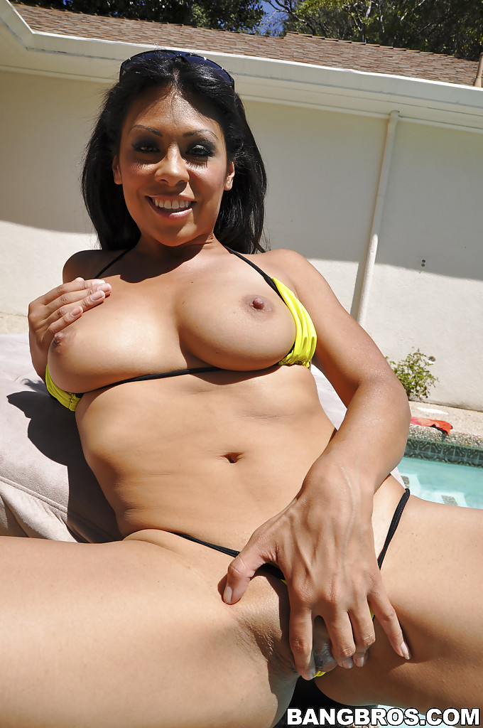 Sexy hispanic milfs nude you spank