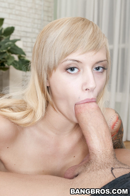 Emma Blowjob Blonde Smalltits Indexxx 1