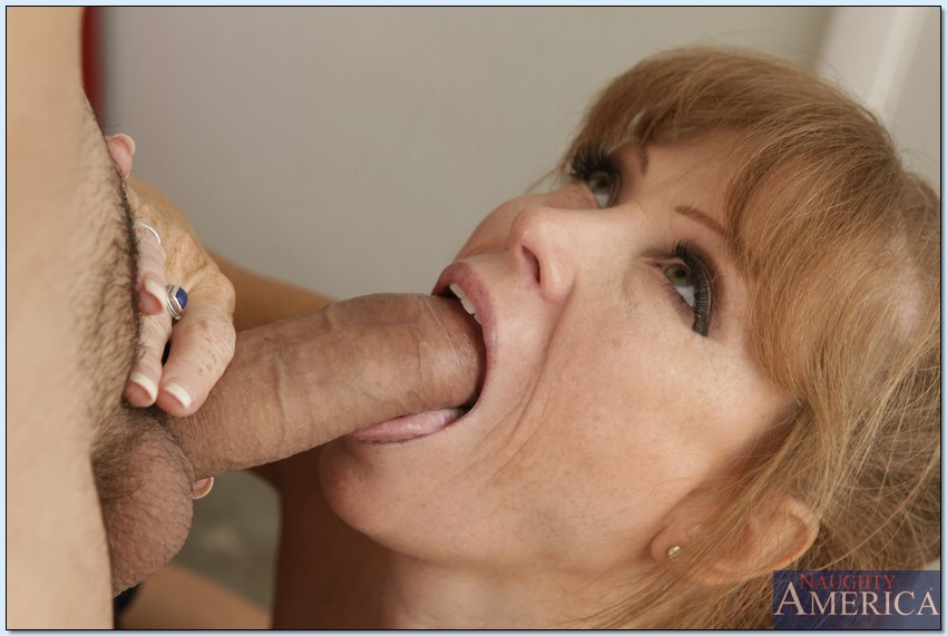 Mature eating cum