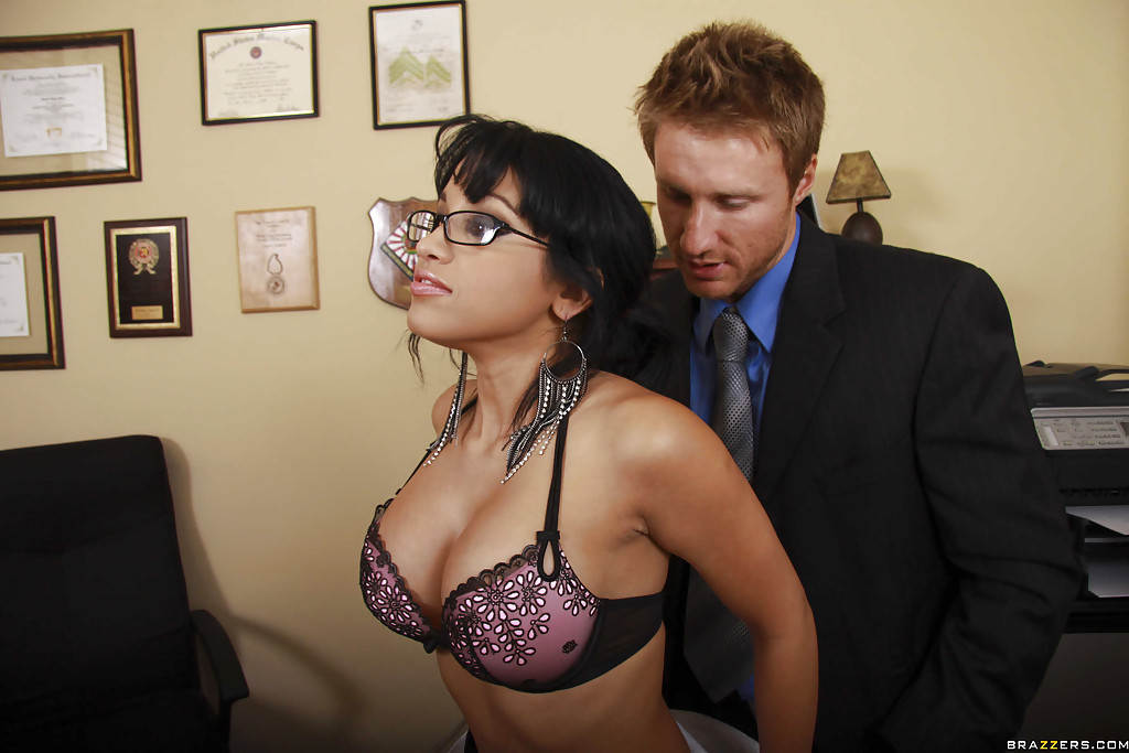 Nikki daniels video clips pics gallery at define sexy babes - 11921