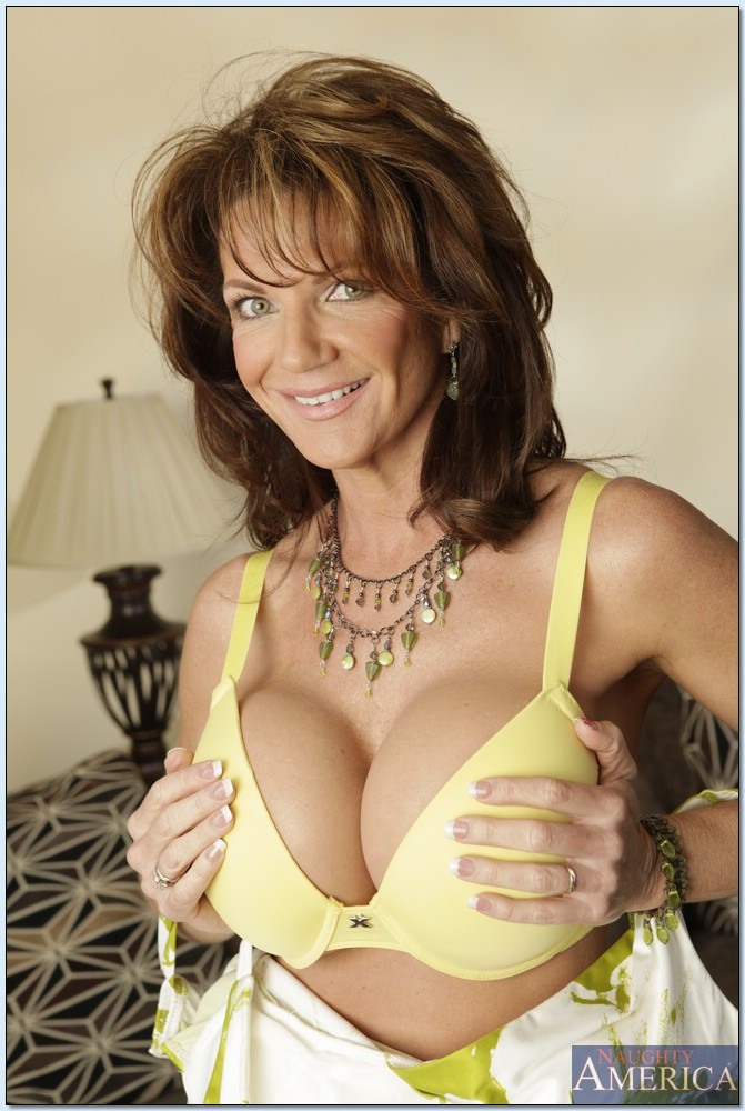 Seduced cougar deauxma by