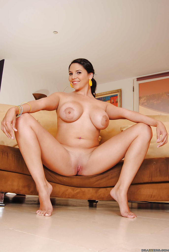 Missy gets her pussy fisted on a love swing 8
