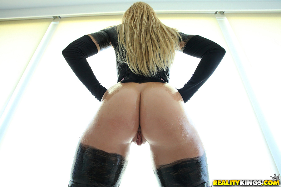 big ass black latex - ... Latex outfit and leather boots hug babe's ass and tits of Brooklyn ...