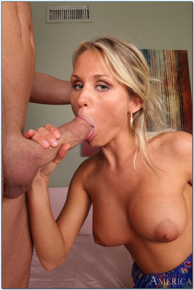 Hot milf lisa-ann fucks her stepson