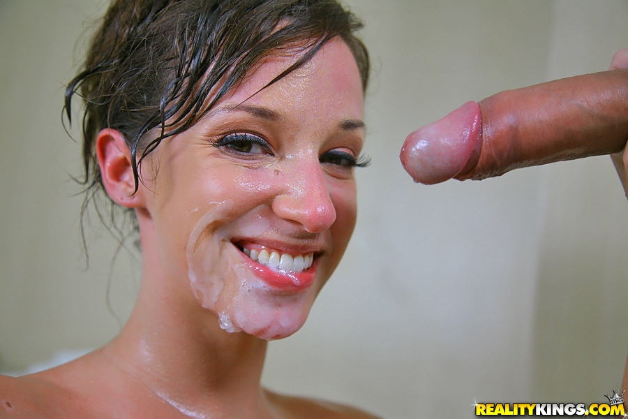 Bathroom Facial Porn - ... Jada Stevens gets her amazing butt analized in the bathroom