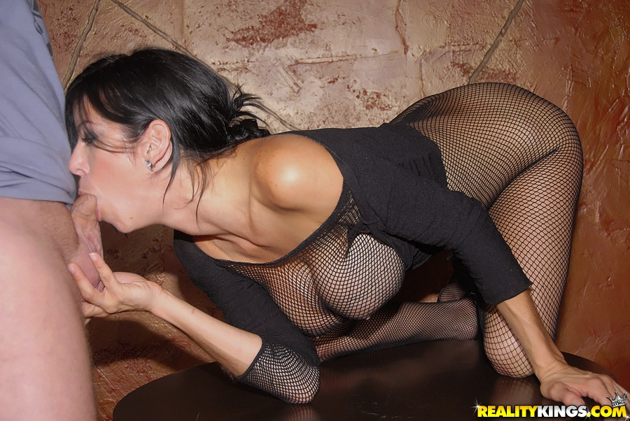 Mature milf in fishnets fucks
