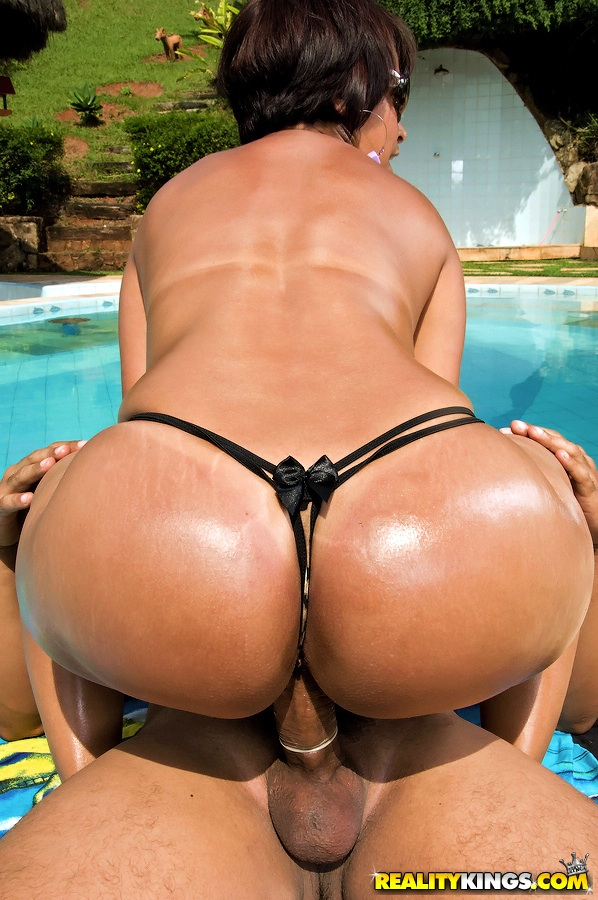 Big butt brazillian milf darlene