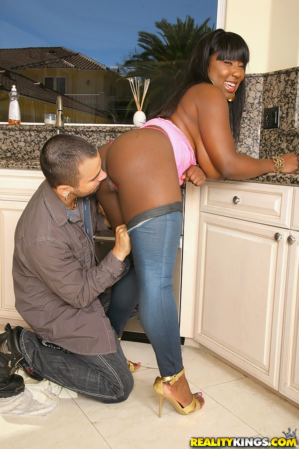 Fat Black Girl Luxury Amore Gets Her Massive Tits Groped And Fucked