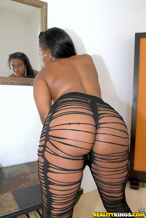 Big Ass Big Tits Ebony Shemale