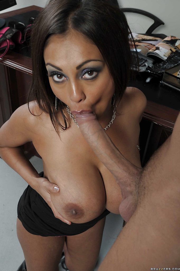 Hot naked indian blowjob