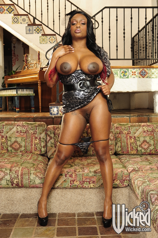 yoruba nude big boot and boobs pics
