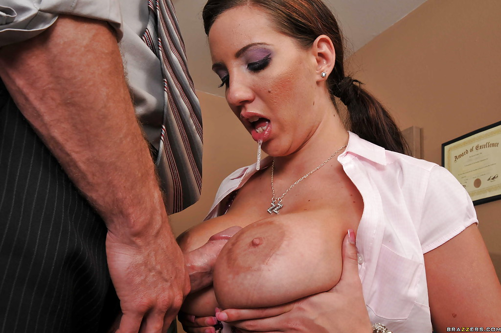 Hot mom stretches cunt cock