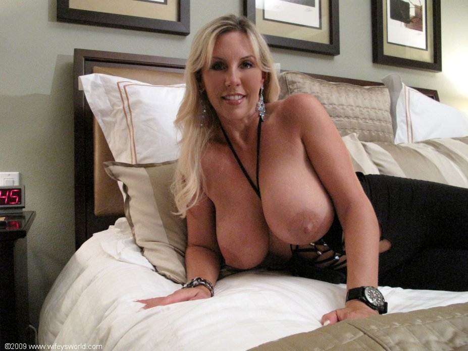 Big boob mature wife