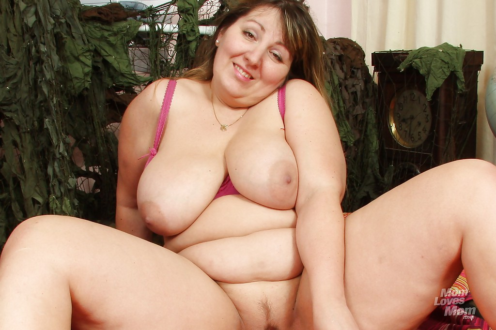 Mature plumpers with big tit