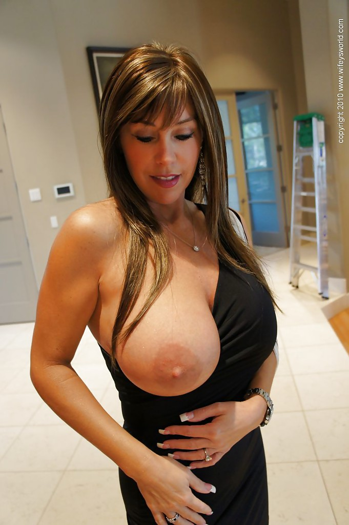 Love Sara,cause beautiful breast tits in the world