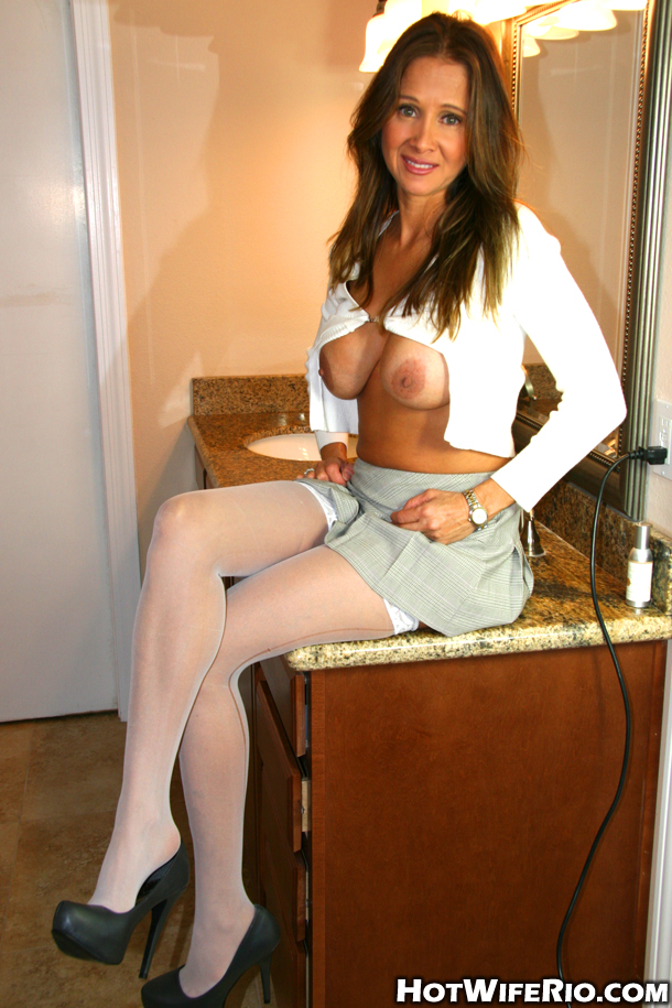 hot wife rio nurse pictures