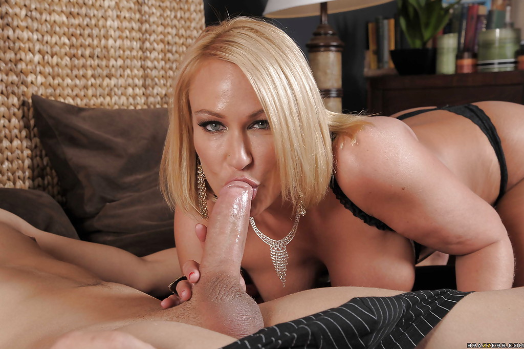 Mature women getting pounded