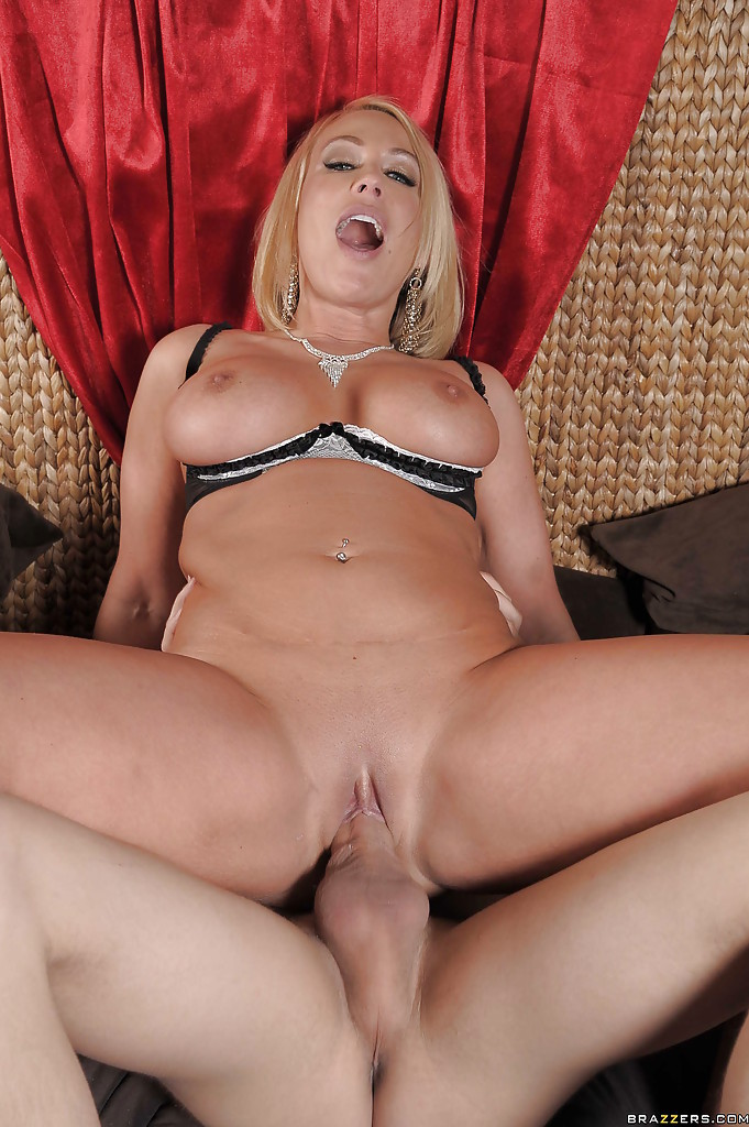 Teen porn with muscleman