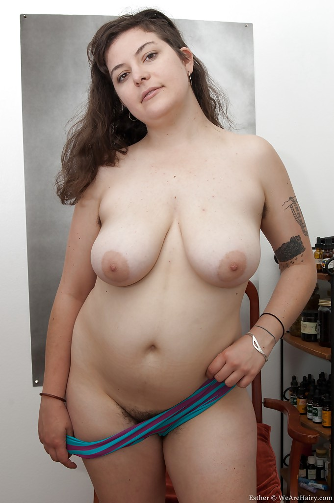 Self shot nudes mi