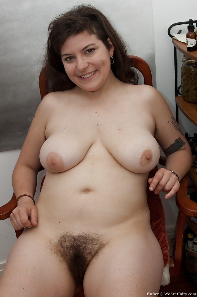 CHRISTY: Free pornpics hairy chubby