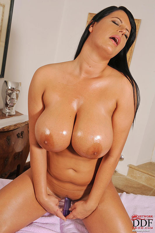 think, latina milf shows how to please a man recommend you come