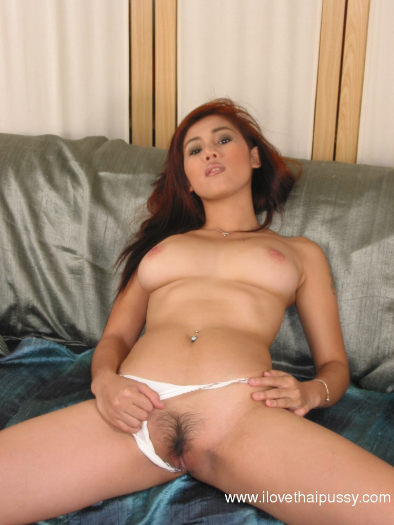 image Asian hottie joins her stepmom in fucking another milf
