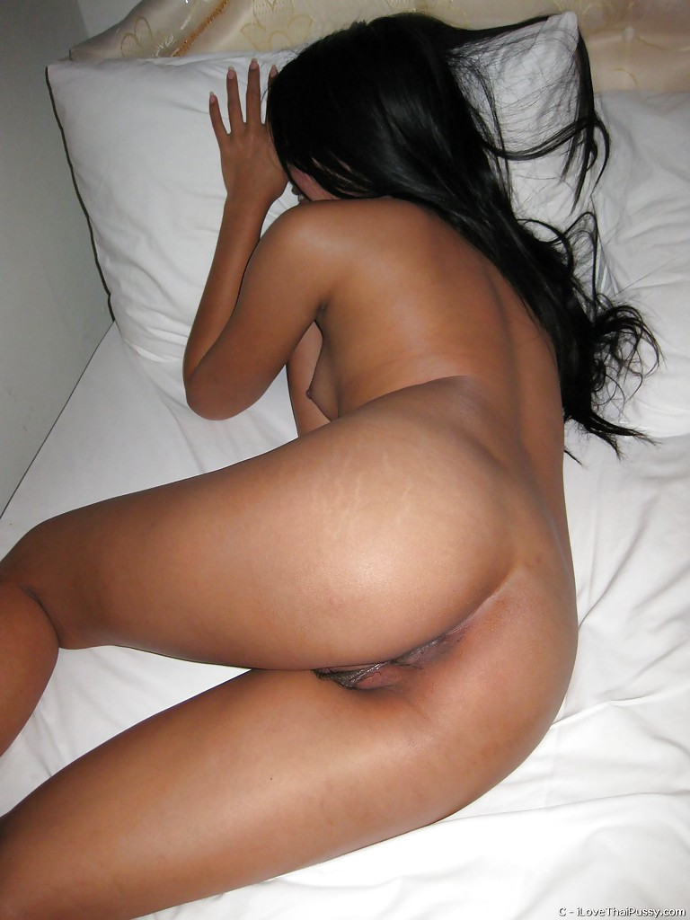 Ebony midget girl pussy photo