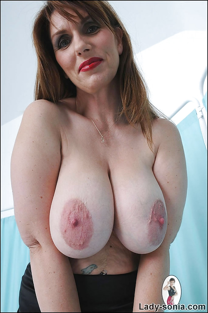 Tall milf with big tits
