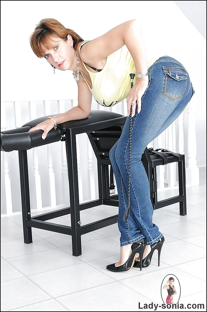 Mature women in skin tight jeans good