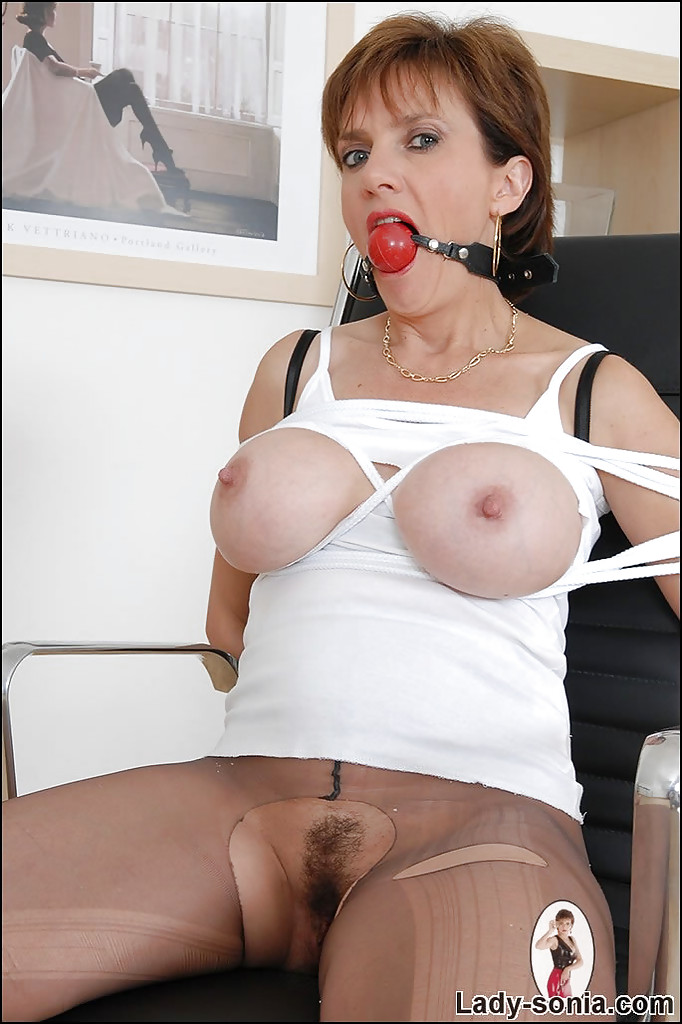 Pantyhose ripped mature