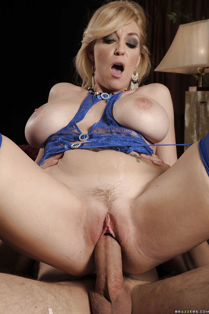 Milf in blue and black 72smyt