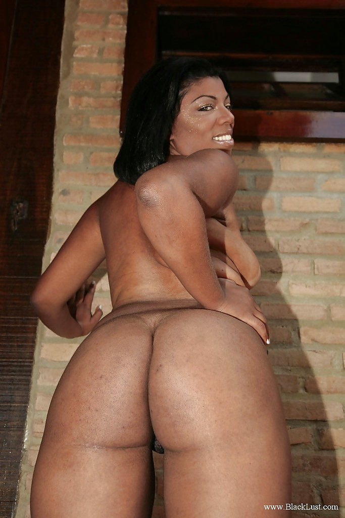 Ebony booty babe doggystyle fucked after bj