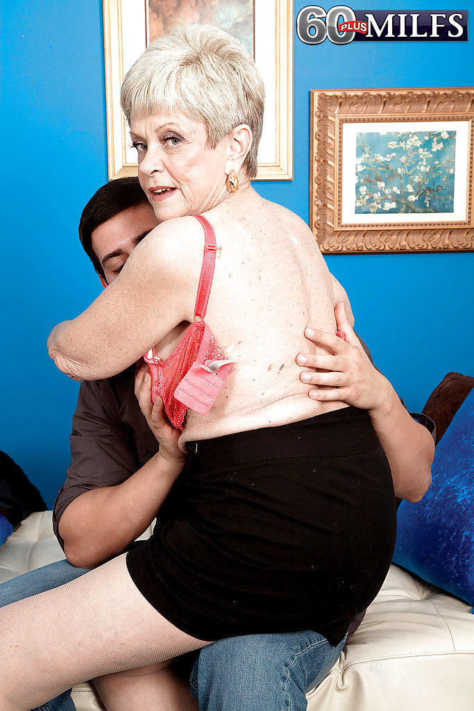 lusty-grandmas-give-handjob-and-pictures-ivy-the