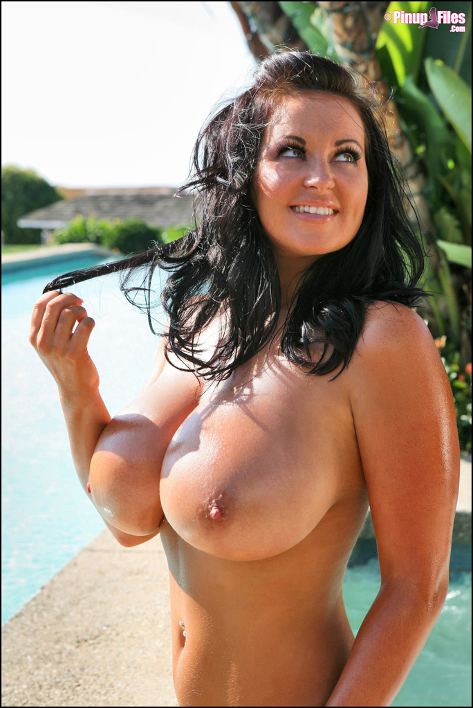Big tits boobs mom handjob tubes