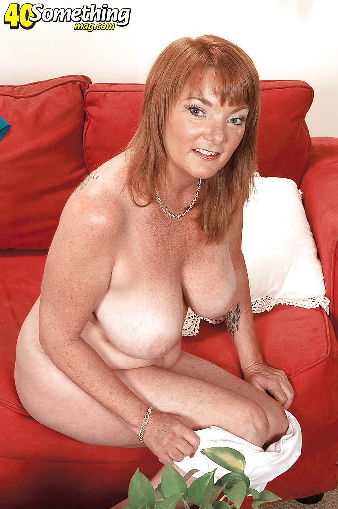 Big Natural Tits Tranny