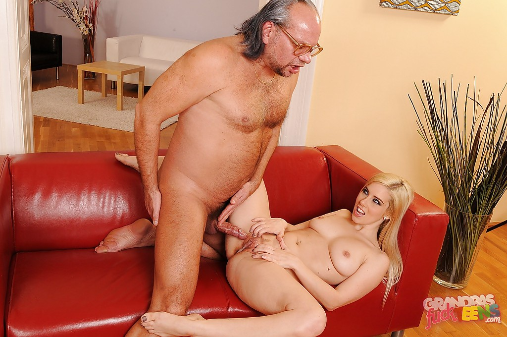 Cum lots squirts who woman