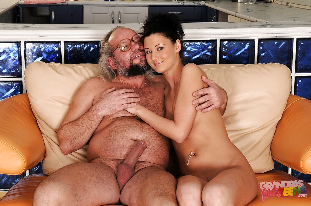 girls-sex-daily-sexten-girls-fuck-old-man-daily