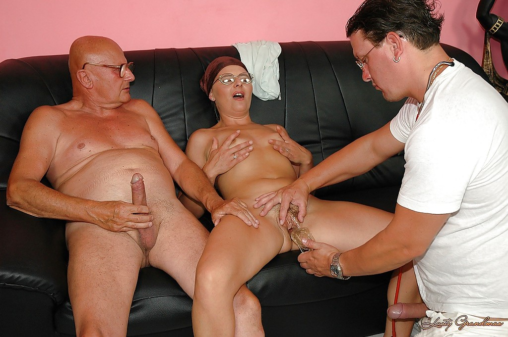 horny guy gets involved in gangbang