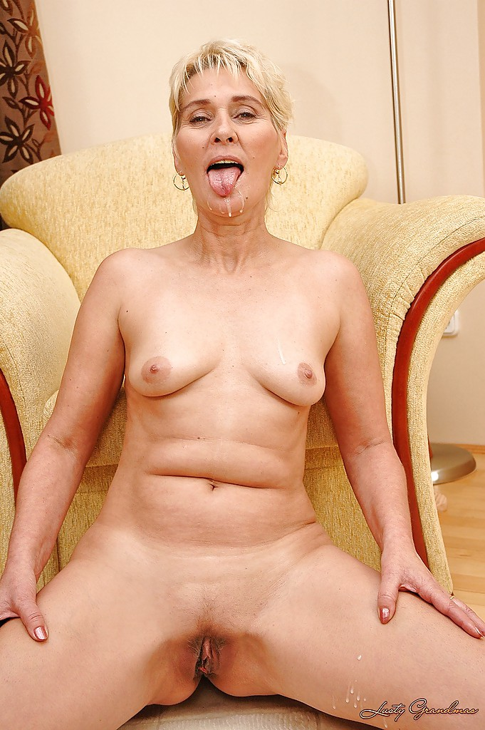 ... Lusty granny Bibi Taylor gets her cunt stretched with a dildo and a big  cock