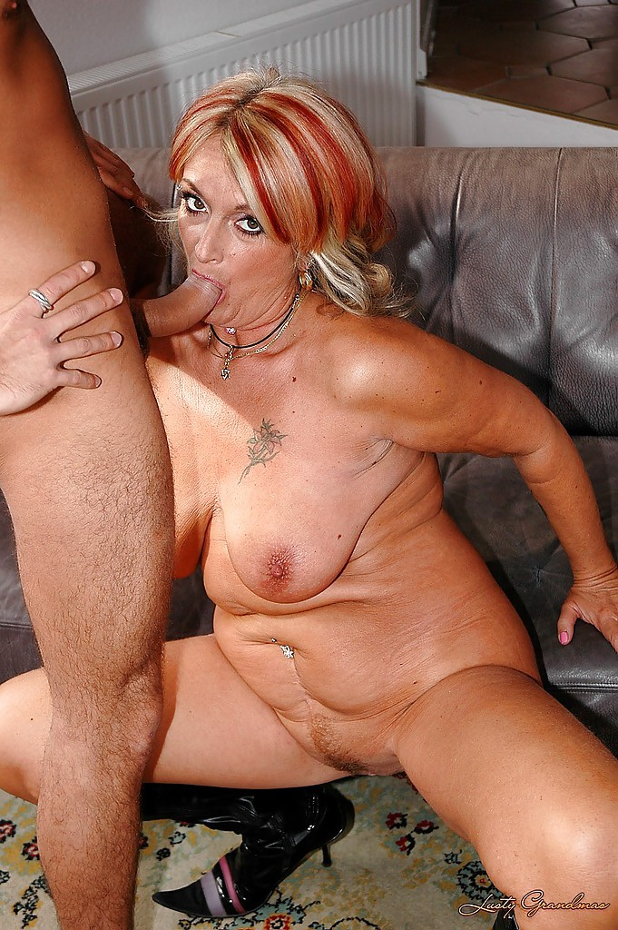Mature big tits wanking men