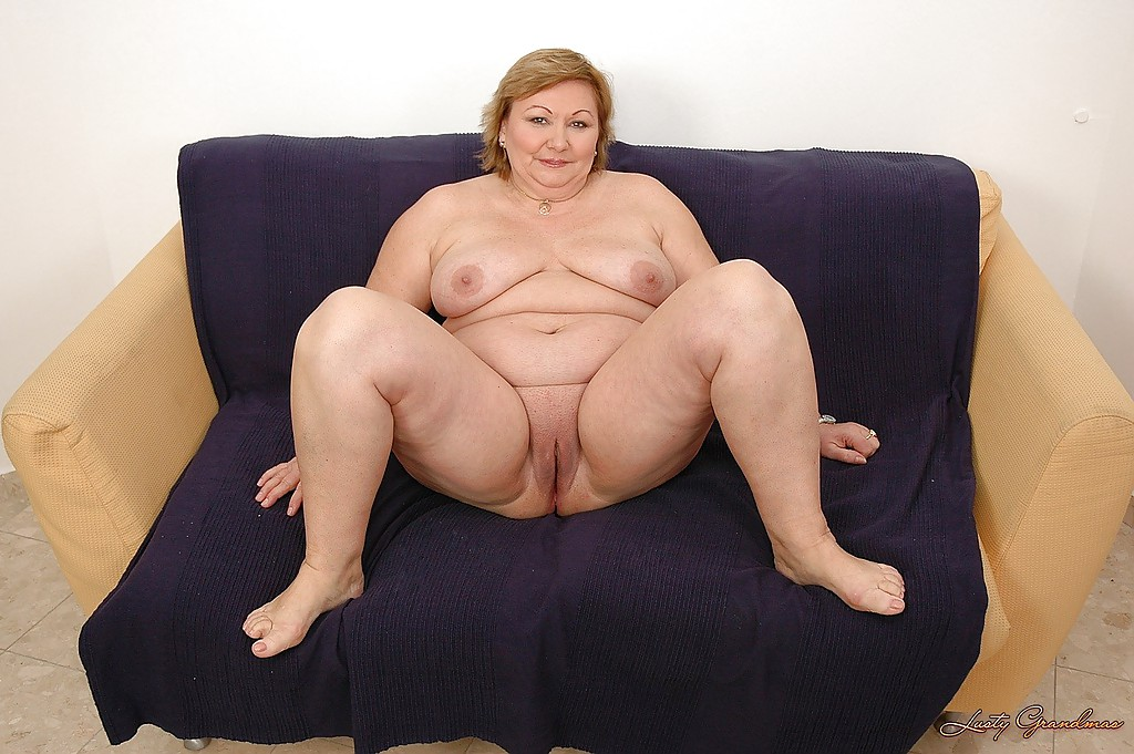 Mature fat lady naked blue