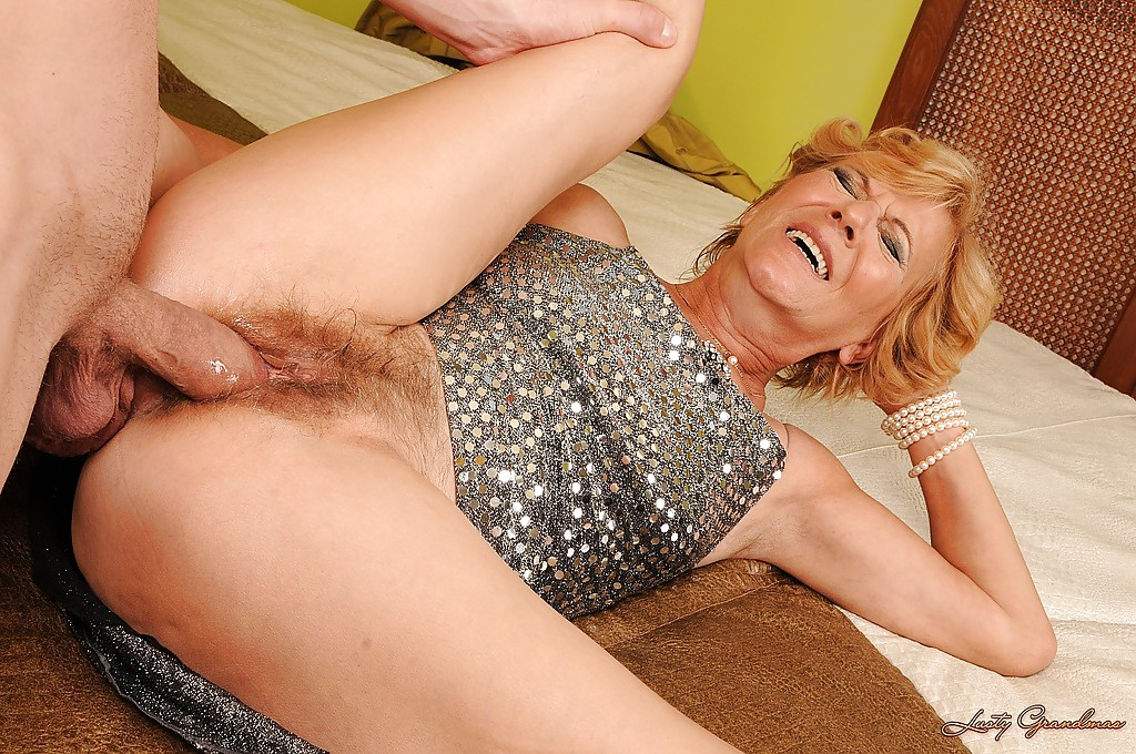Her hairy cunt getting pumped with a hard cock 6